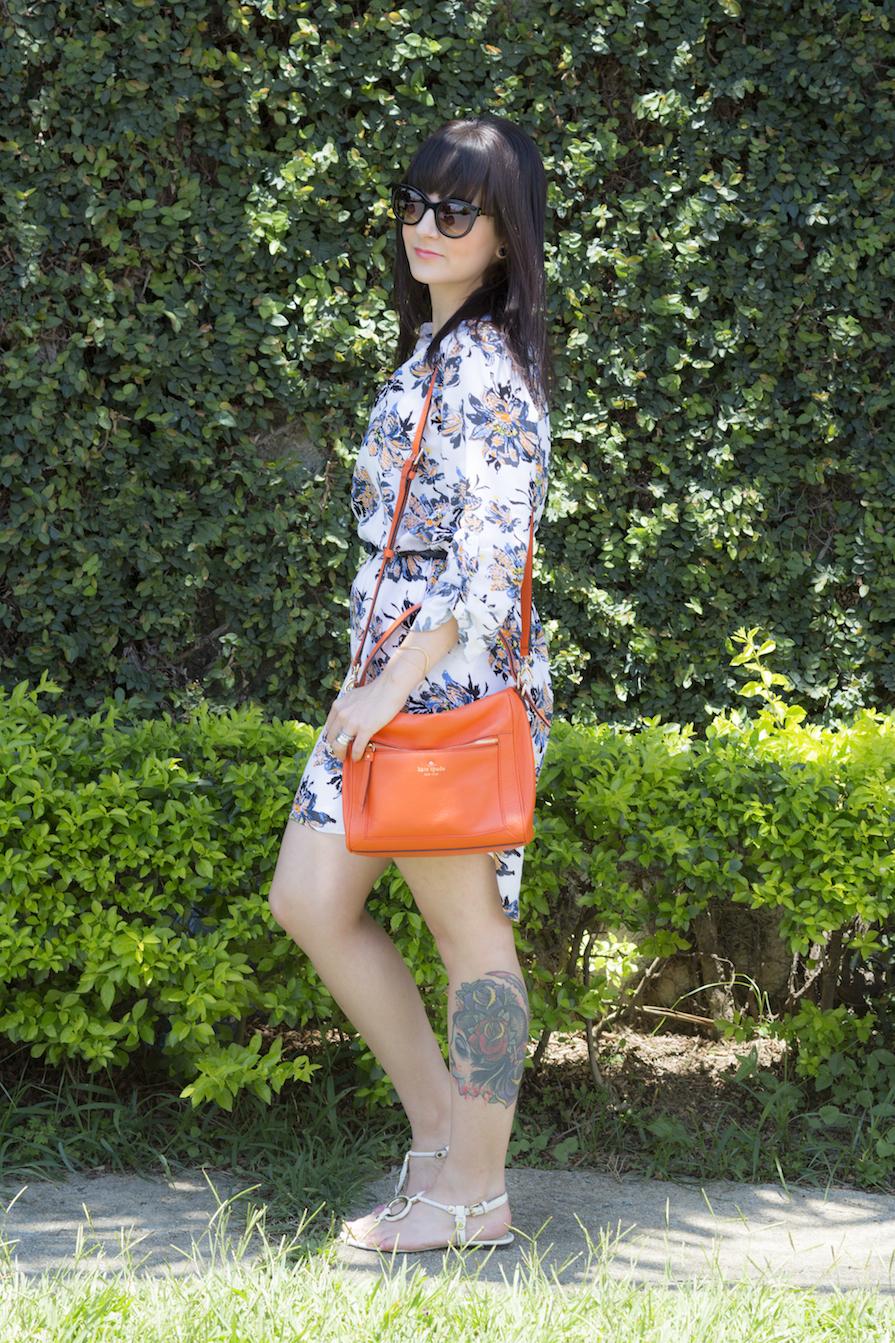 dani-danielle-noce-look-vestido-floral-bolsa-laranja-kate-spade-oculos-sol-stazione-3