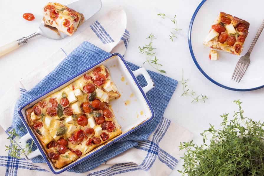 receita-como-fazer-clafouti-tomate-tomatinho-queijo-feta-manjericao-2