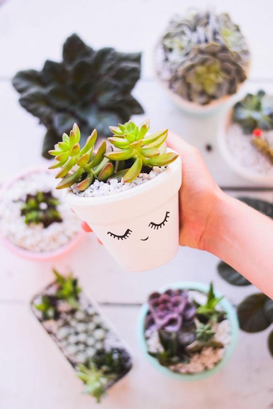 vasos-e-ideias-legais-para-colocar-mais-plantas-em-casa-danielle-noce-0