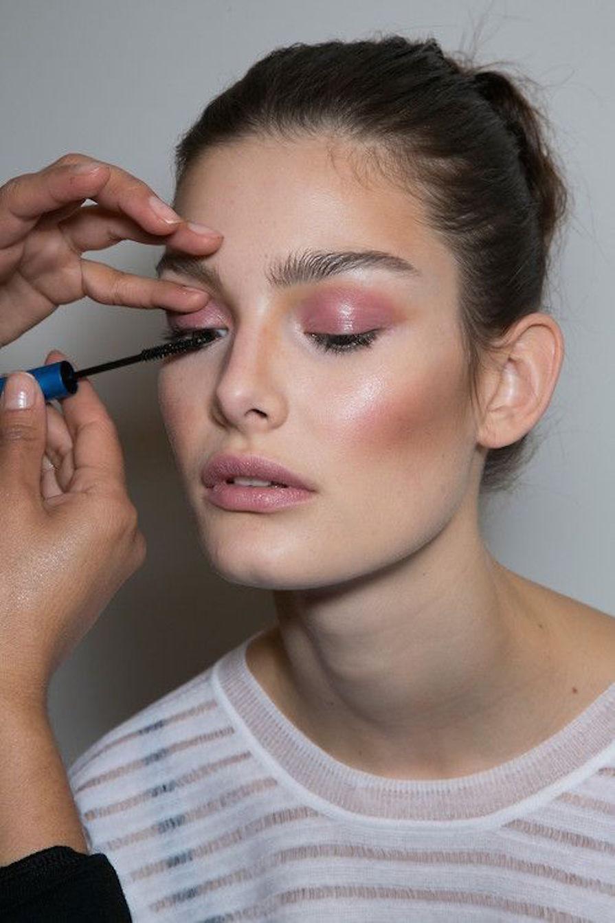 glossy-eyes-maquiagem-diferente-dica-danielle-noce-1