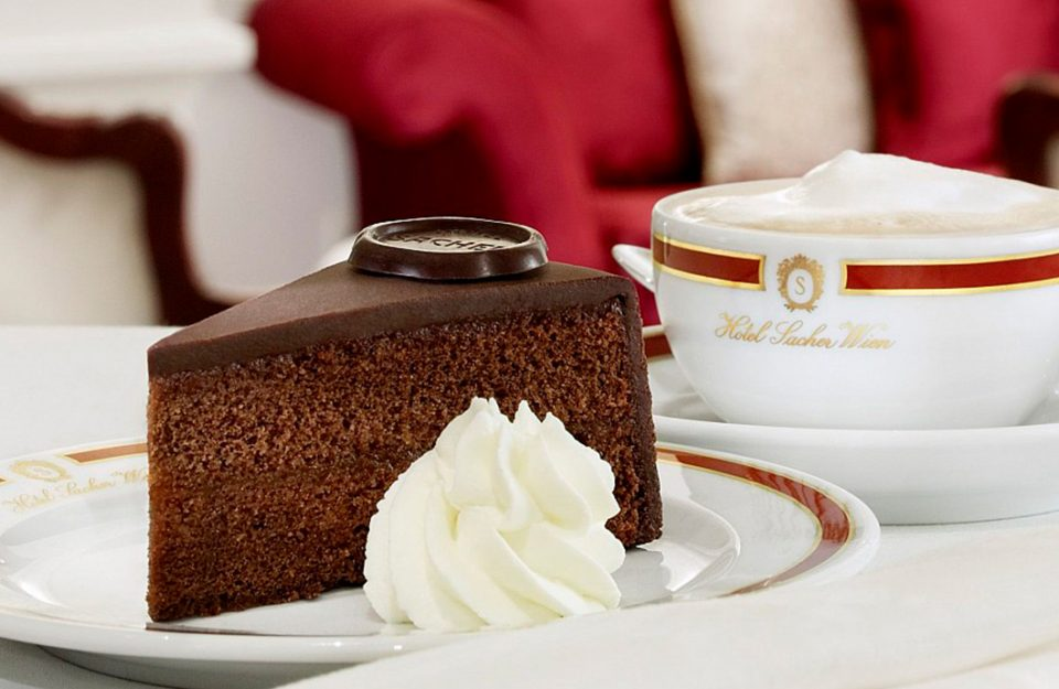 Sachertorte, a torta de chocolate mais famosa de Viena