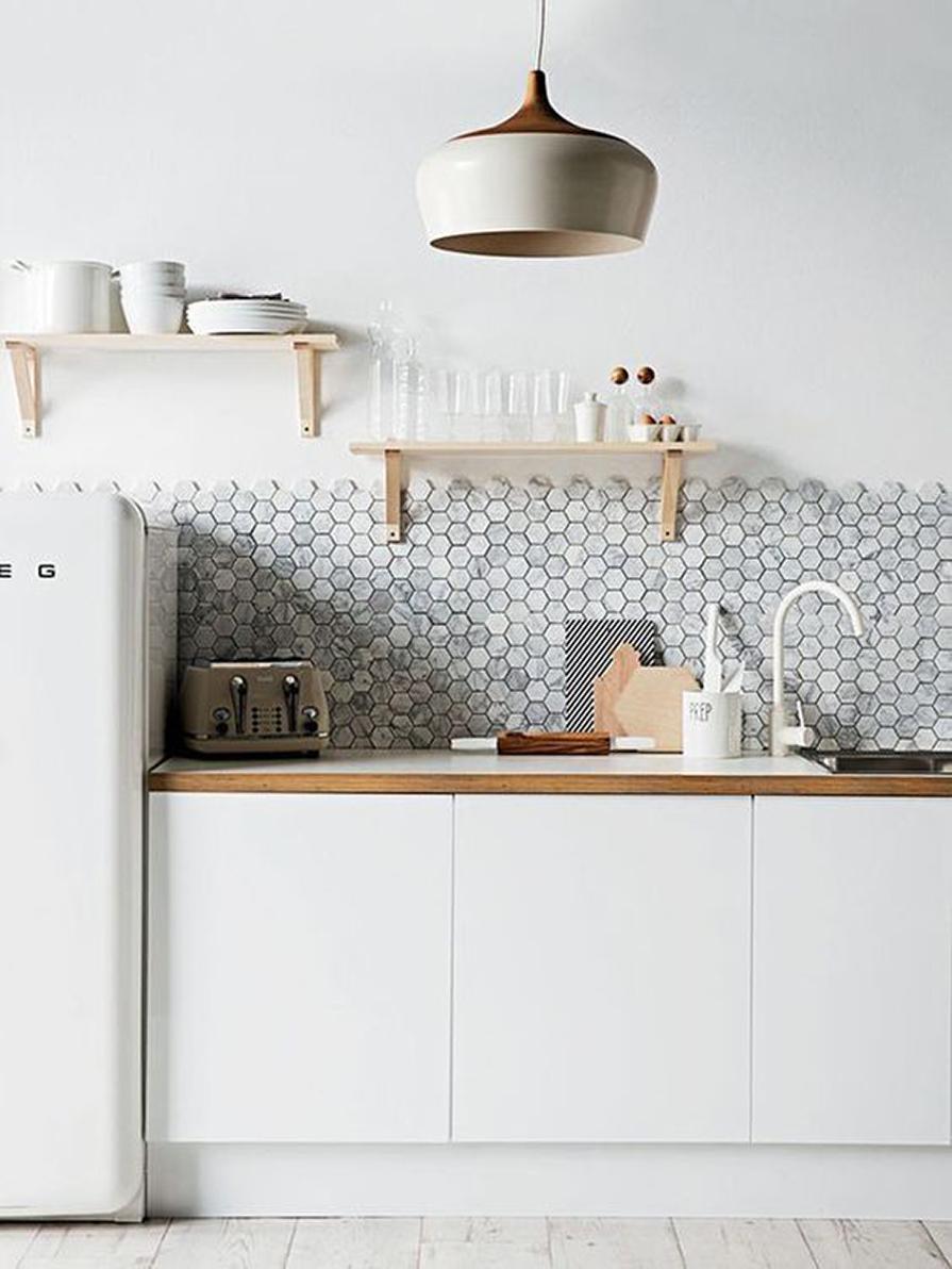 revestimentos-pela-metade-inove-na-cozinha-decoracao-danielle-noce-1