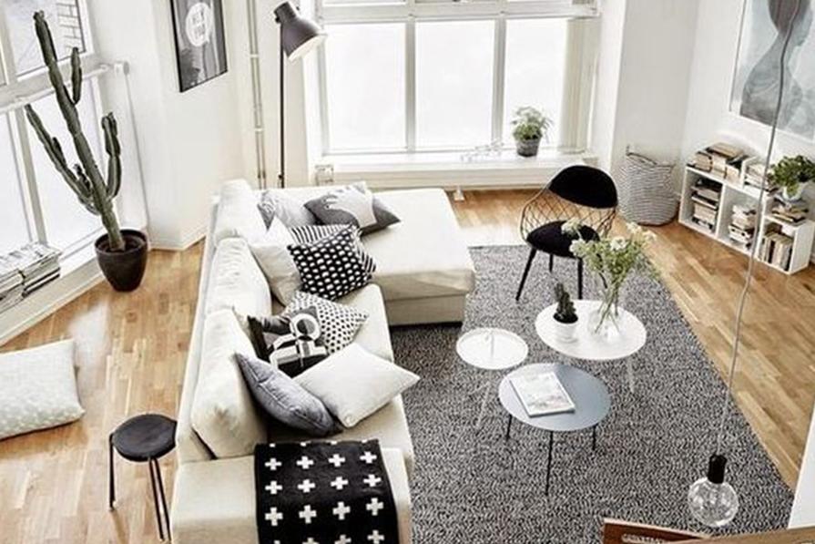 Salas neutras e minimalistas