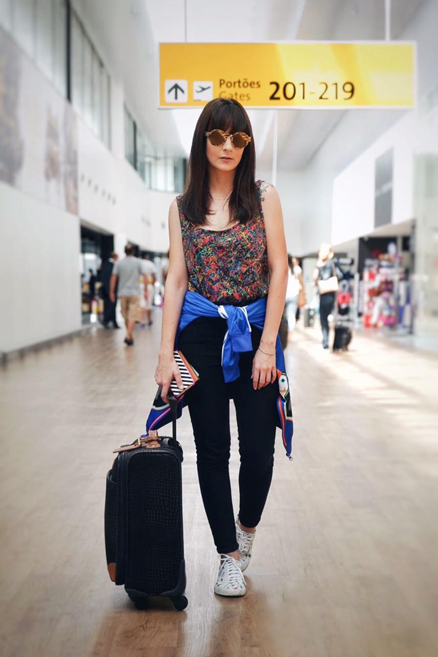 fervendo-no-aeroporto-chegada-em-manaus-look-danielle-noce-1