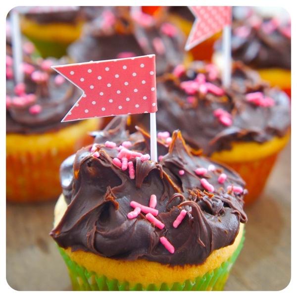 cupcake-bombom-de-morango3