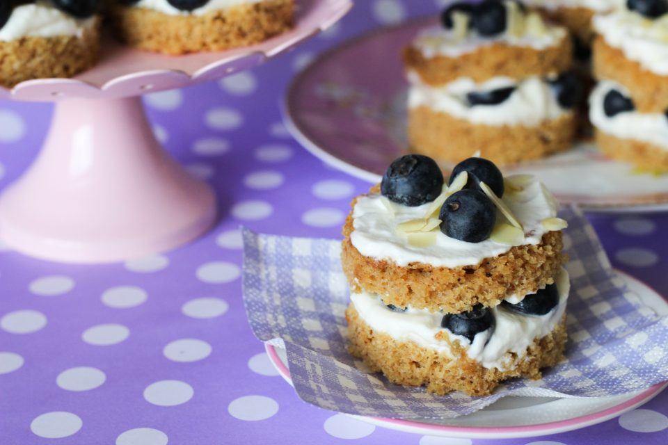 naked-cake-amendoa-blueberry-low-carb-ickfd