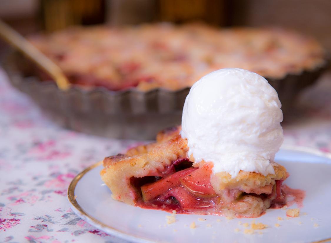 Top 5 melhores comidas que vc ja comeram - Página 2 Receita-torta-de-maca-americana-sorvete-chantibon-danielle-noce-ickfd6