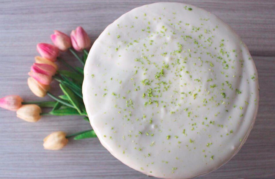 As 7 melhores receitas de bolo de limão para testar agora