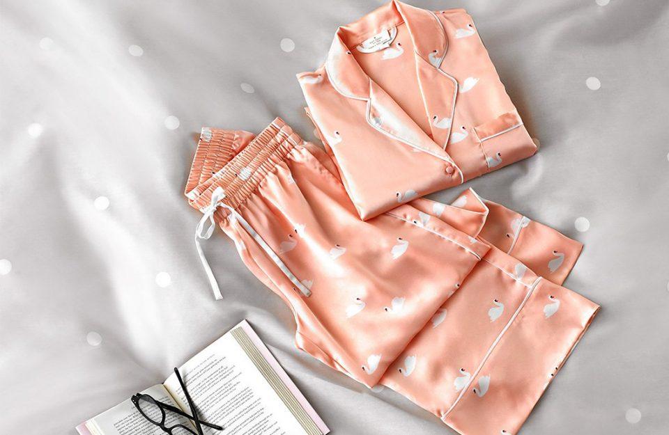 Uniforme de Domingo: Pijamas!