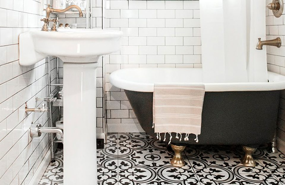 10 banheiros P&B para se inspirar!