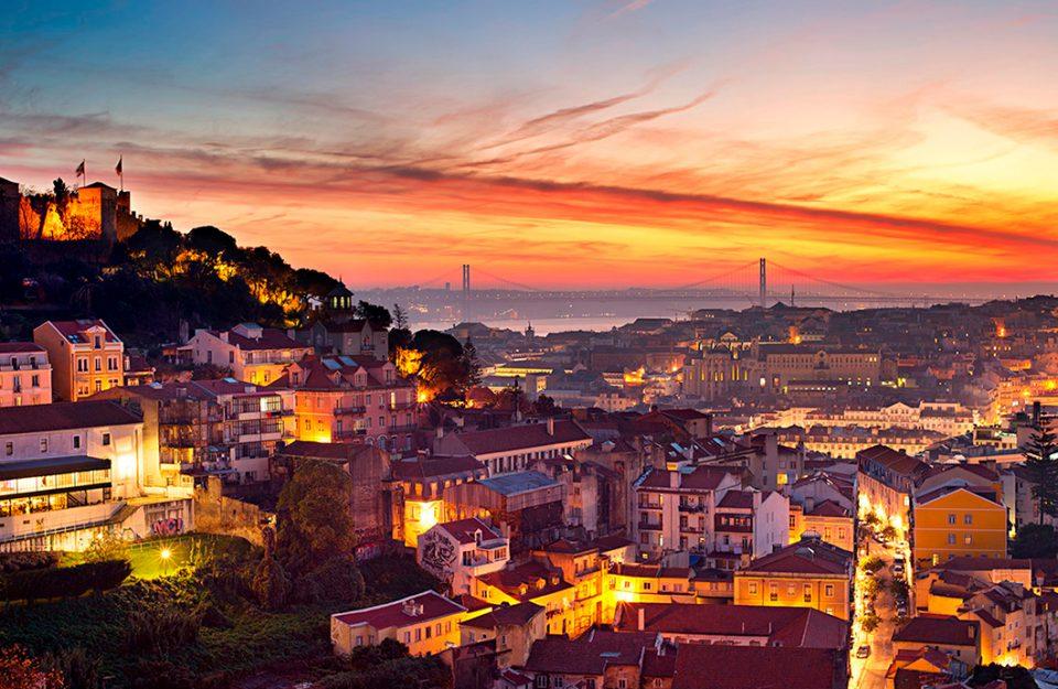 O Que Você Não Pode Deixar De Fazer Em Alfama, Lisboa