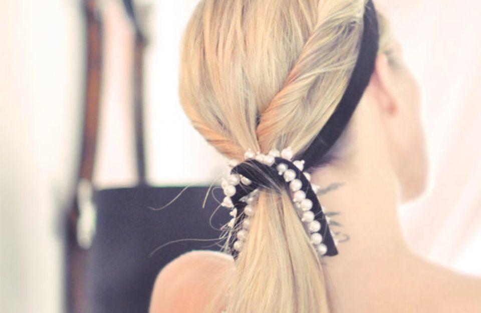 perolas-artificiais-para-dar-um-no-penteado-dani-noce-destaque1