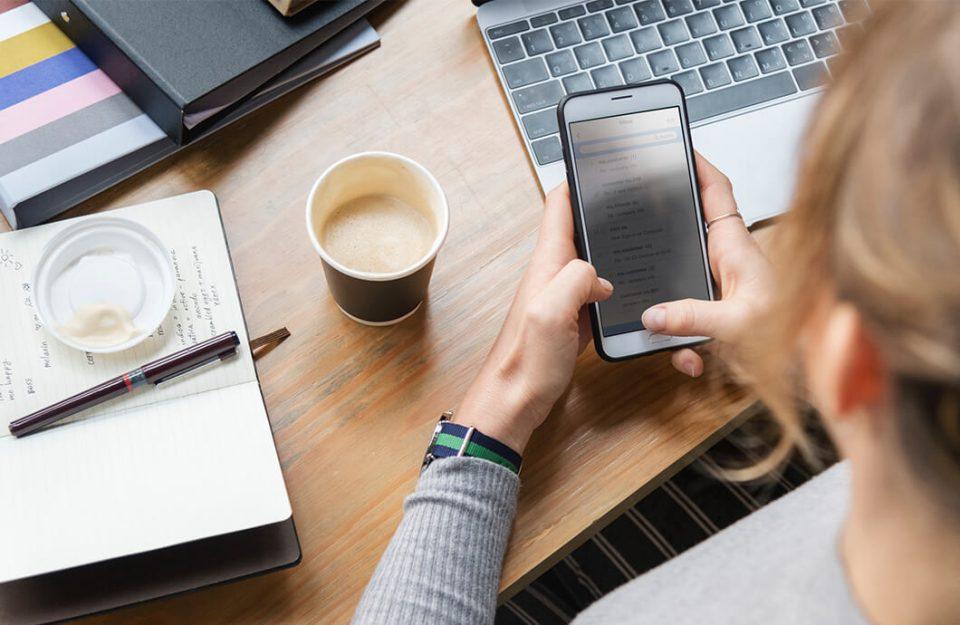 Como economizar com hospedagem: 5 apps para viajar gastando menos