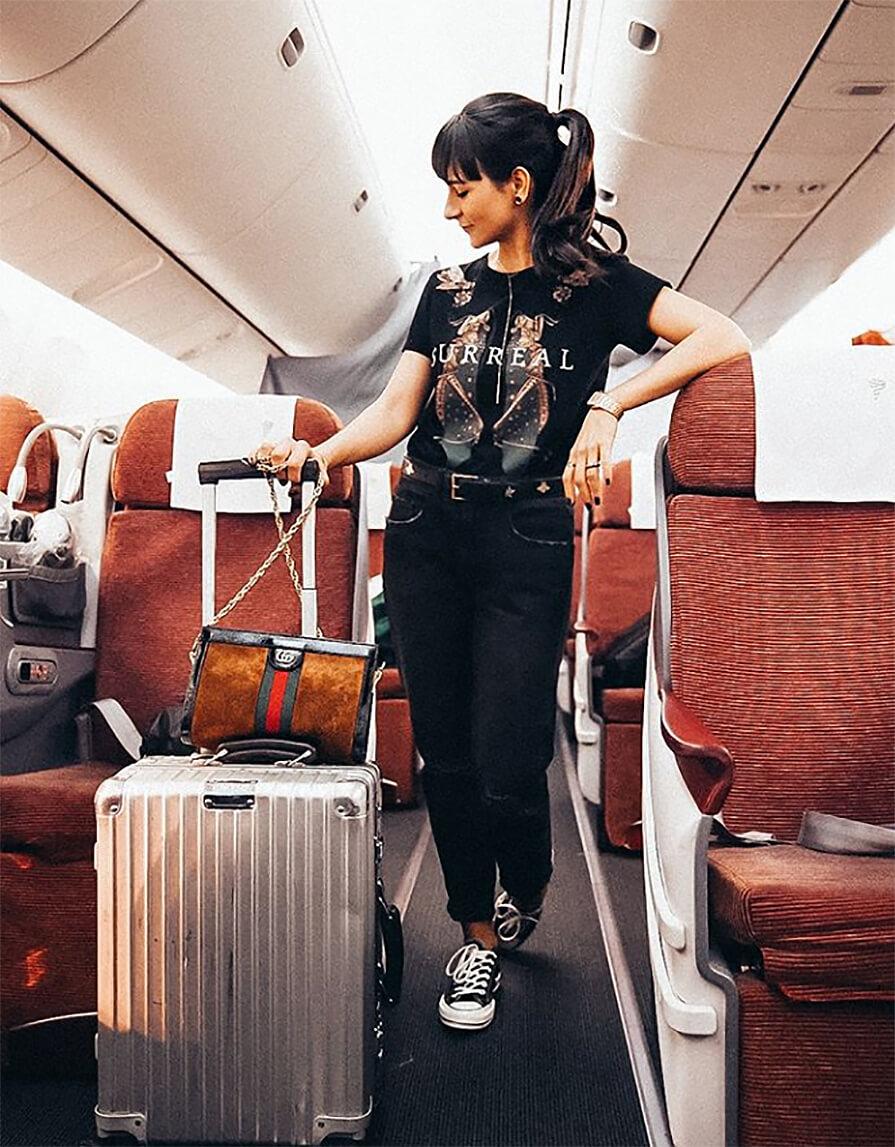 bagagem dentro do avião