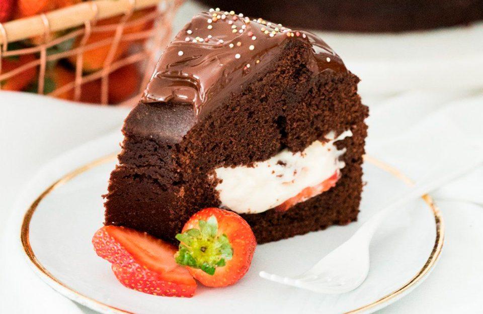 5 Receitas de Bolo de Chocolate Para Fazer Já!