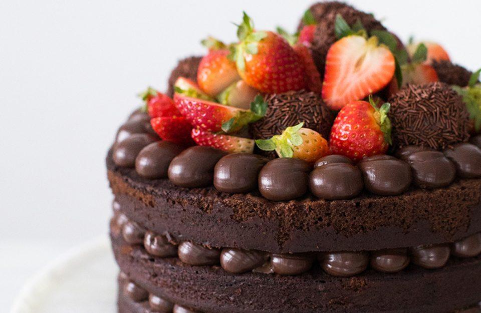 7 bolos de aniversário perfeitos e fáceis para testar na quarentena