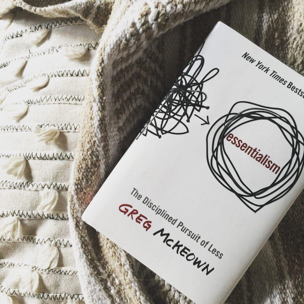 Minimalismo e essencialismo: quais as diferenças e como entender melhor
