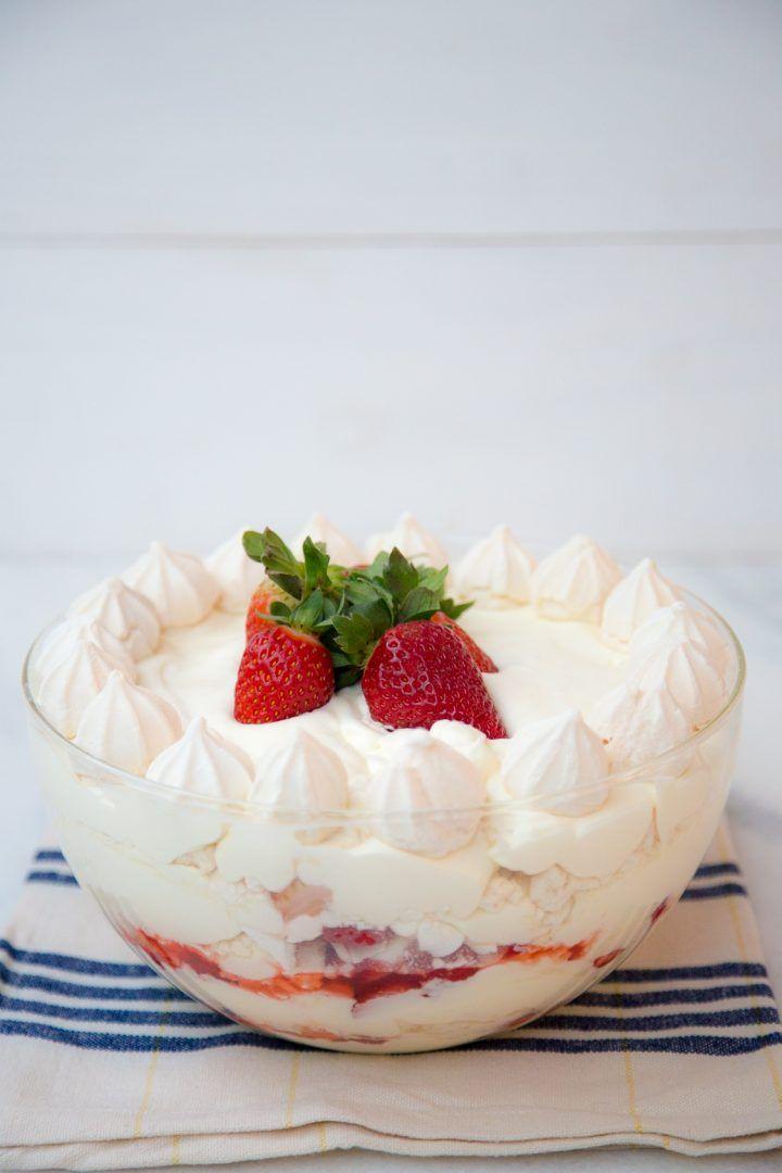 Receitas de morango: 7 opções fáceis de sobremesas, bombons e torta