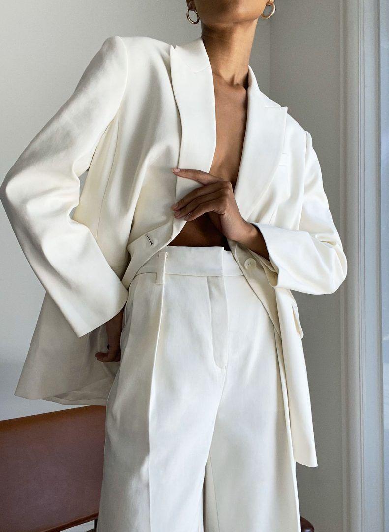 Blazer + pantalona branca: dicas de como usar e inspirações
