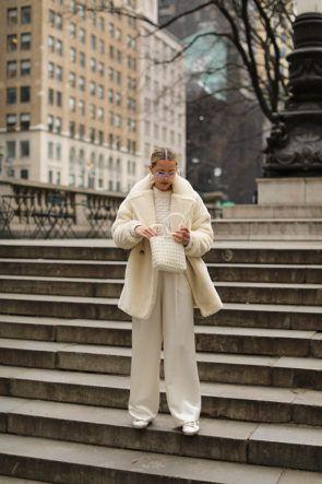 Calça pantalona: conforto e elegância em uma peça coringa