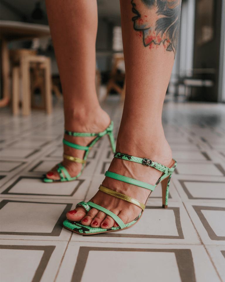 Sandálias verão 2021: quais modelos e como combinar