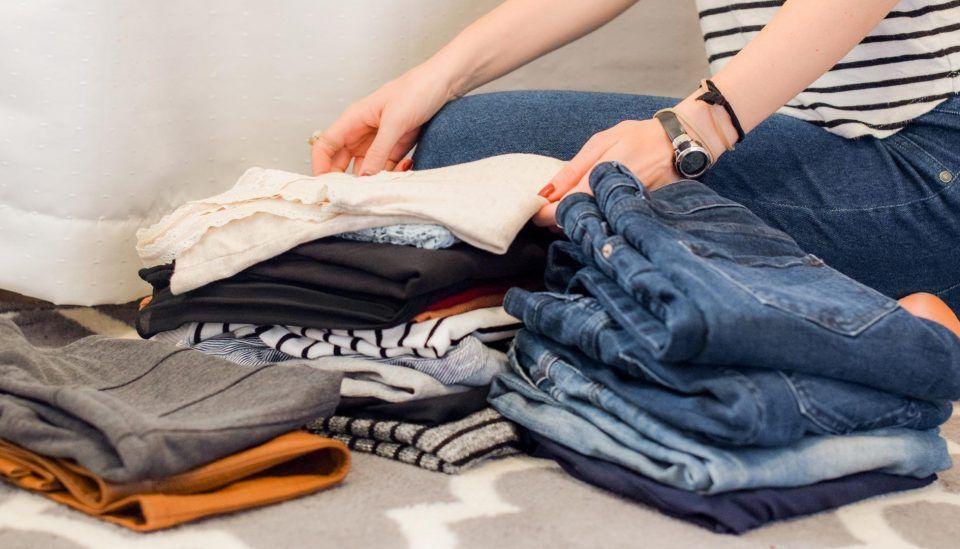 Covid-19: preciso sempre lavar as roupas ao chegar em casa?