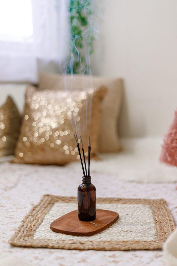 Os 3 melhores incensos pra você ter em casa