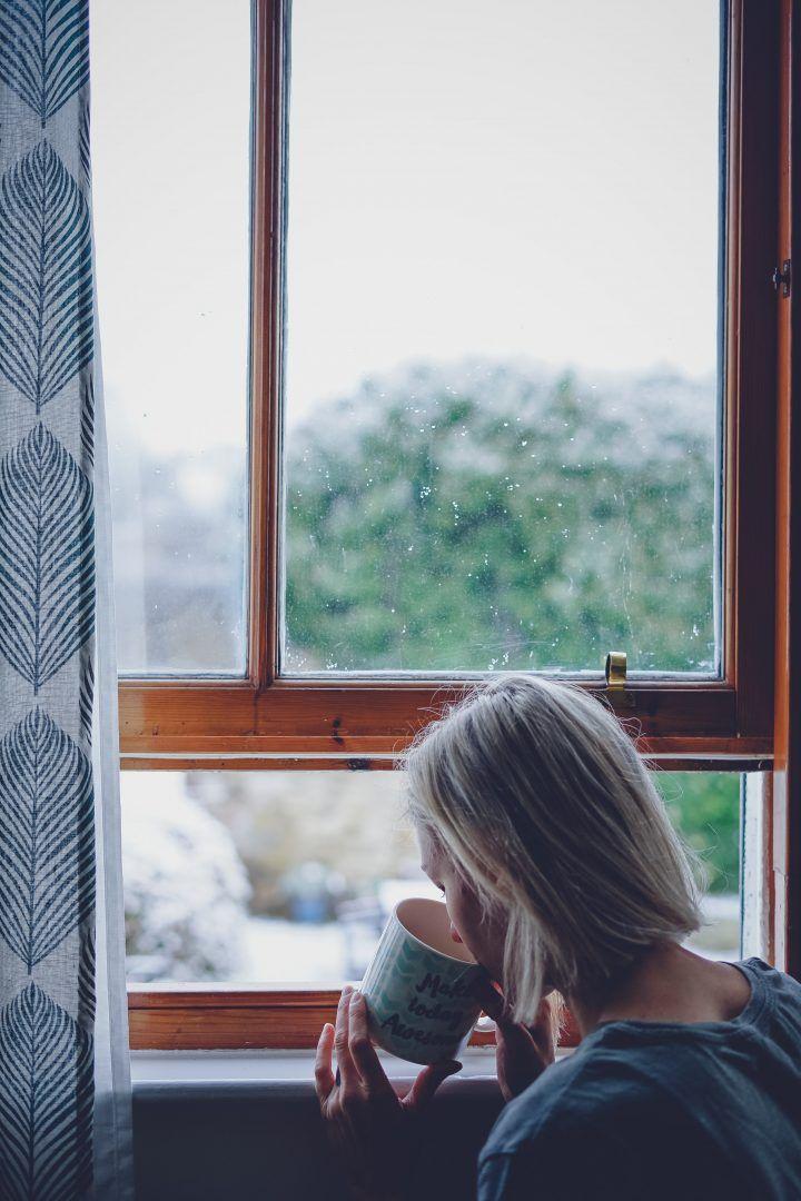 Rituais para fazer ao acordar e ter um dia mais tranquilo