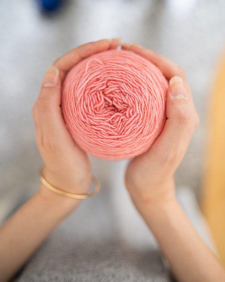 Como cuidar de peças de tricô: lavagem, secagem e armazenamento