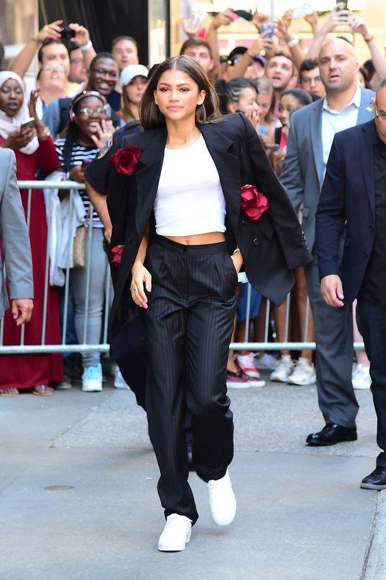 Como as famosas usam blazer?