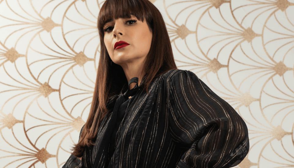 Blusa com laço: como combinar e dicas para looks incríveis